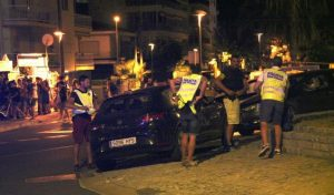 """Atak w Barcelonie: Hiszpańska policja zastrzeliła pięciu podejrzanych terrorystów w """"pasach samobójców"""", CostaBlanca"""