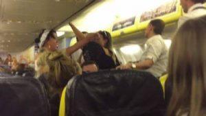 Eskortowane przez policję z lotu Liverpool – Alicante, CostaBlanca
